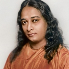 Yogananda - Autobiography of a Yogi